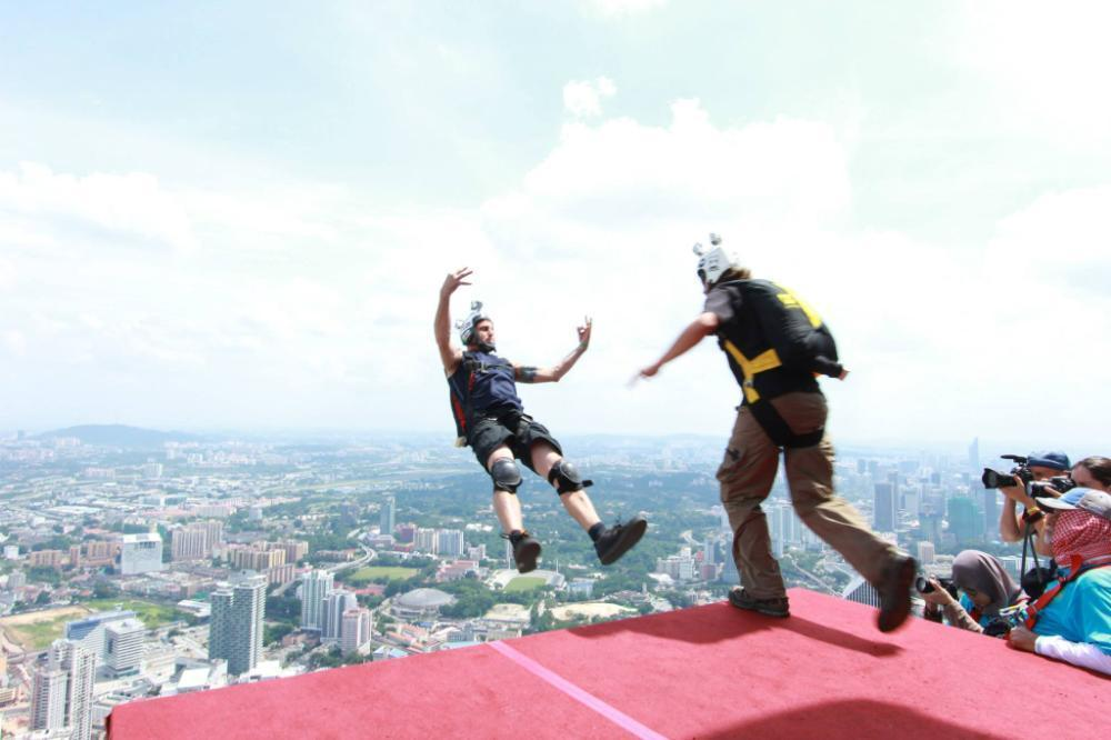 The Risks Of BASE jumping Accident