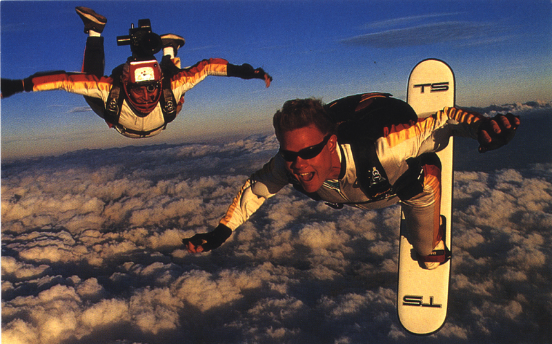 Amazing Extreme Sport : The Life And Death Of Skysurfing