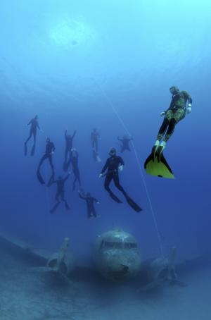 Freediving Wetsuit Basics to Know Before You Buy